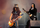 Iraconda Demonia and Slash, Guns N' Roses on stage