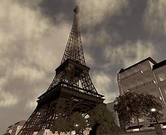 The Eiffel Tower @ Paris Eiffel