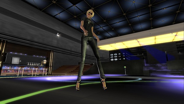 raftwet jewell at club illusio...