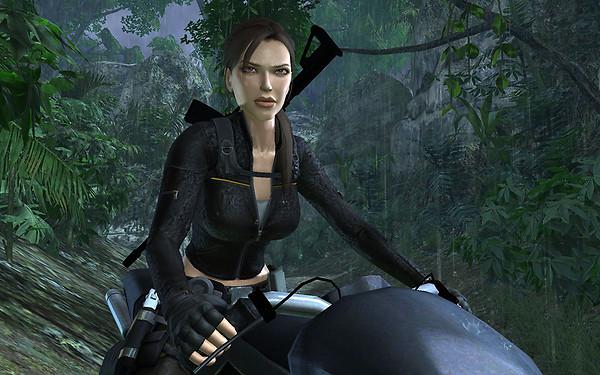 Lara Croft on her bike in Underworld/Mexico