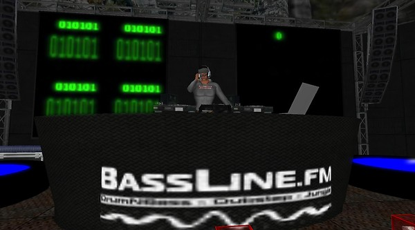 bassline.fm in virtual world s...