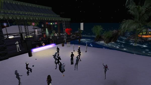 beach party at haad rin