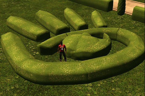 Garden Hand @ SL7B - Raul Crimson