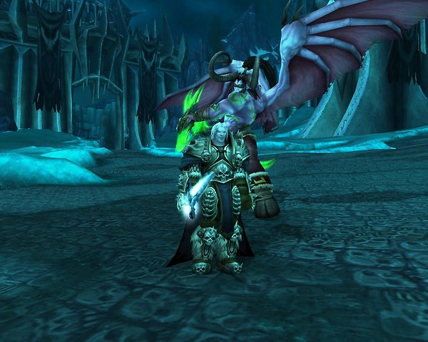 Arthas! watch your back!