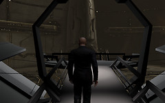 Eve Online: walking to the balcony