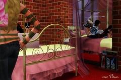 Lihas bedroom.