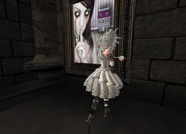 Doll Key (side)