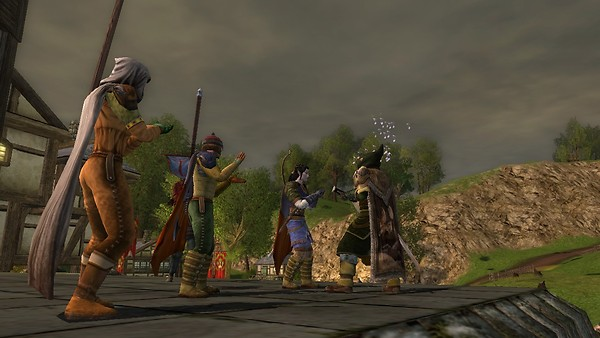 LOTRO - Vladyx and friends playing music in Bree