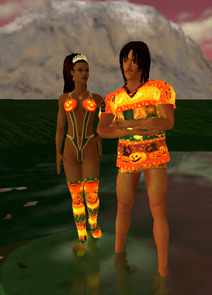 Ez and Devi for Halloween 120921 (6)