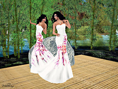 Dancing in Bamboo garden - Kathie &amp; Melli in Indya gown_019RF