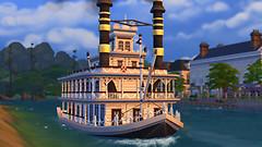 Here comes da party boat