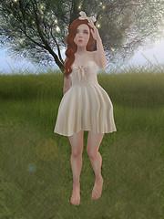 Elliana in Grass