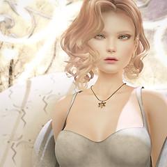 M's Avon_Snow Diamond necklace_001